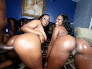 Trio hard avec deux bonasses blacks