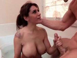 video sex anal d énormes belle mère lui permet de sperme
